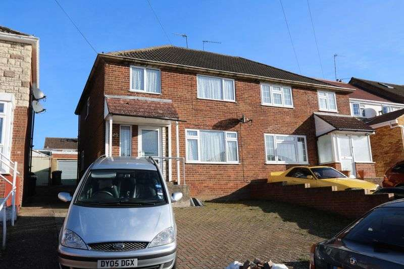 3 Bedrooms Semi Detached House for sale in Hobart Road, High Wycombe