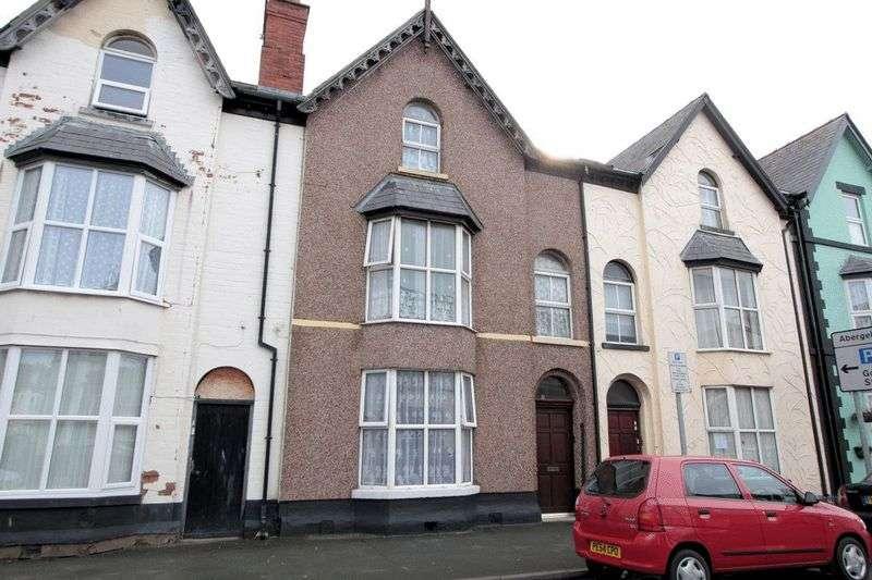 6 Bedrooms Terraced House for sale in Kinmel Street, Rhyl