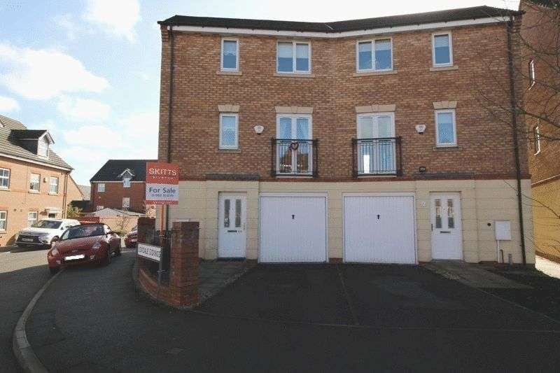 4 Bedrooms Semi Detached House for sale in Loxdale Sidings, Bilston
