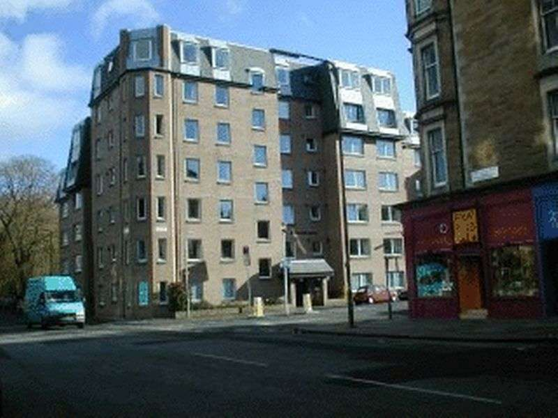 1 Bedroom Retirement Property for sale in 8 Homeroyal House, Edinburgh, EH9 1TP