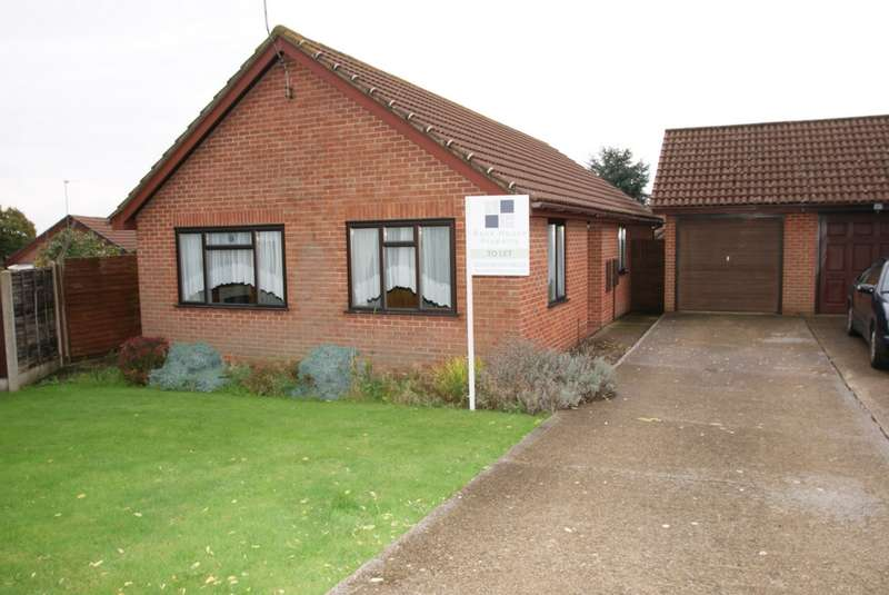 3 Bedrooms Bungalow for sale in Toll Gate, Kent, CT14
