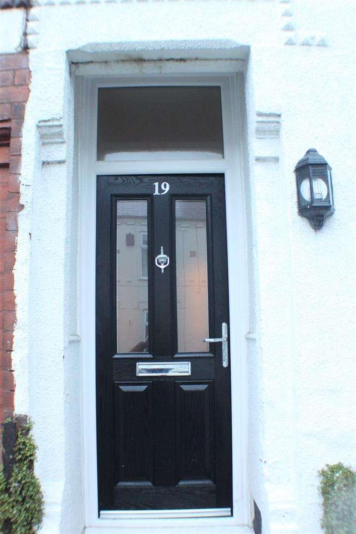 2 Bedrooms Property for sale in Dalton Street, Monton