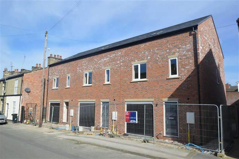 3 Bedrooms Property for sale in Steeple Street, Macclesfield