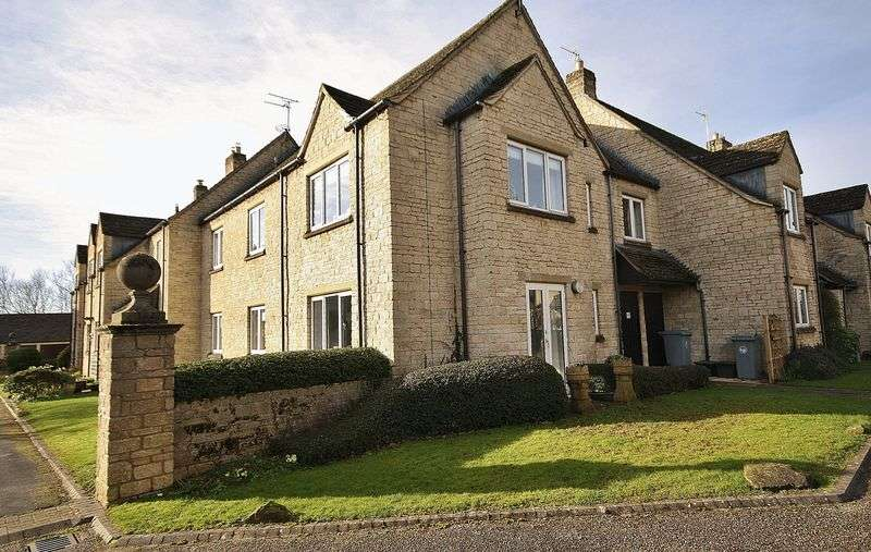 2 Bedrooms Flat for sale in ST MARY'S MEAD, Witney OX28 4EZ