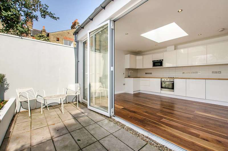 1 Bedroom Terraced House for sale in Mayford Road, Nightingale Triangle, SW12