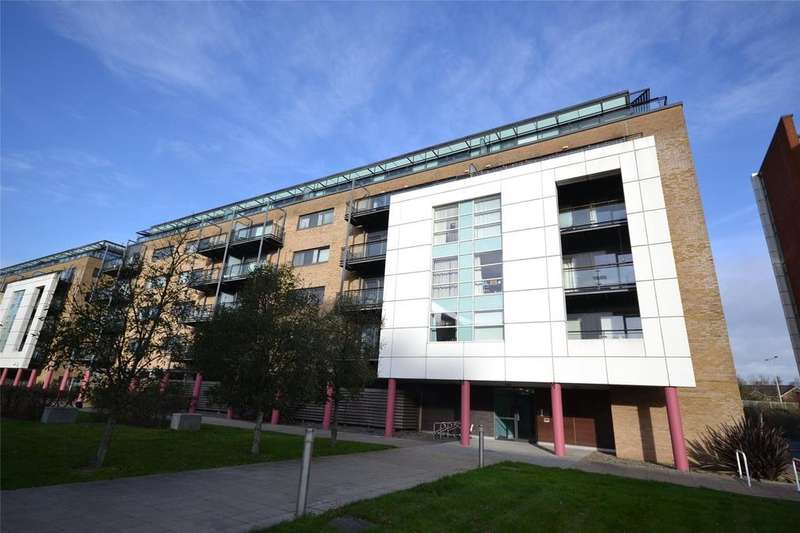 2 Bedrooms Apartment Flat for sale in Jones Point House, Ferry Court, Cardiff Bay, Cardiff, CF11