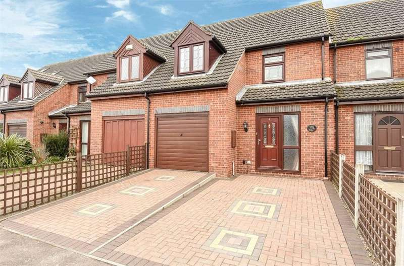 3 Bedrooms Terraced House for sale in Evergreen Way, Stanwell, Surrey