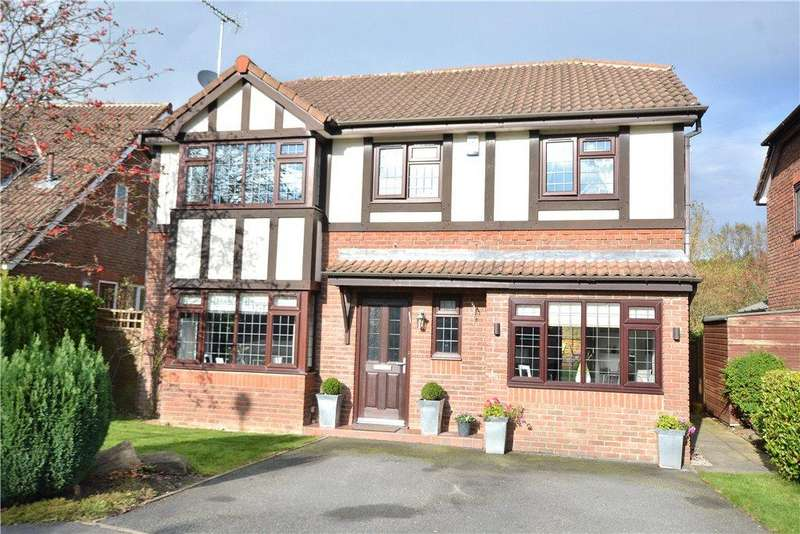4 Bedrooms Detached House for sale in Wike Ridge Avenue, Alwoodley, Leeds