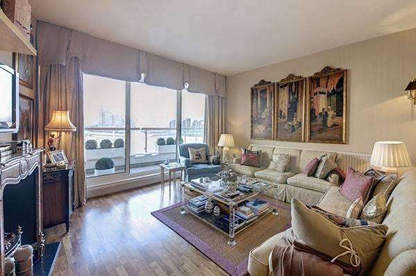 2 Bedrooms Apartment Flat for sale in Chelsea Crescent, Chelsea Harbour, London SW10