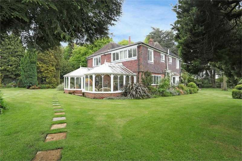 5 Bedrooms Detached House for sale in Ash, Kent