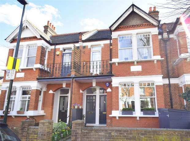2 Bedrooms Flat for sale in Sidney Road, St Margarets, Twickenham