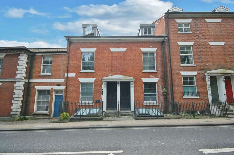 1 Bedroom Flat for sale in Winchester City Centre