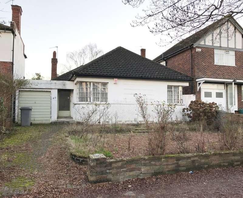 2 Bedrooms Bungalow for sale in Ebrington Road, Harrow, Middlesex, HA3 0LT