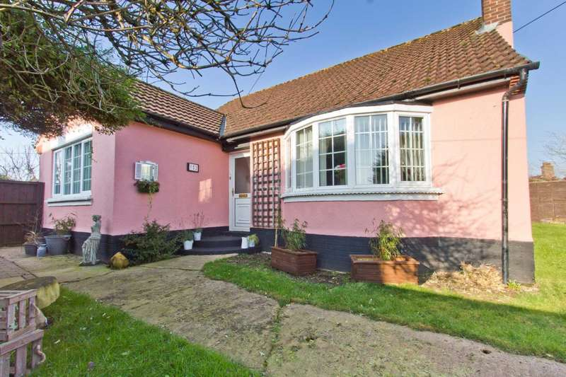 3 Bedrooms Detached Bungalow for sale in London Street, Swaffham