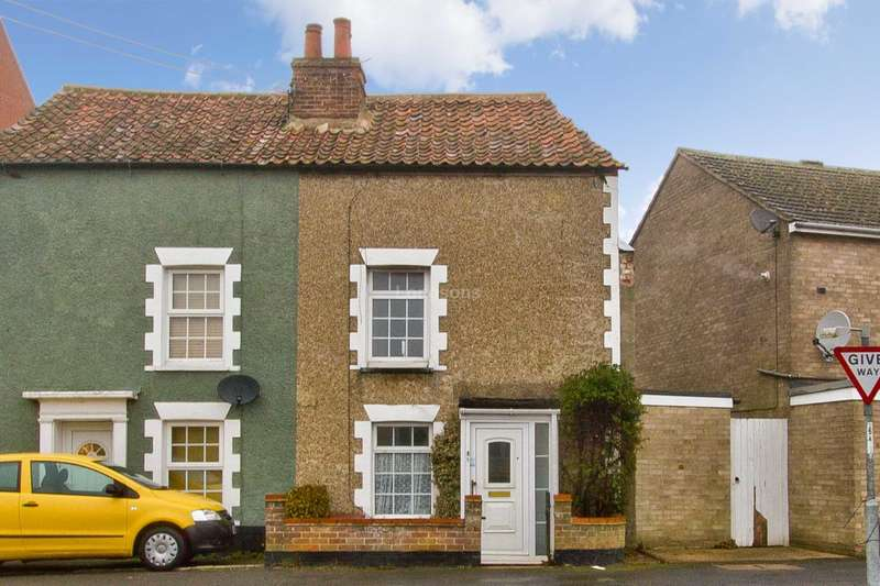 2 Bedrooms Semi Detached House for sale in London Street, Swaffham