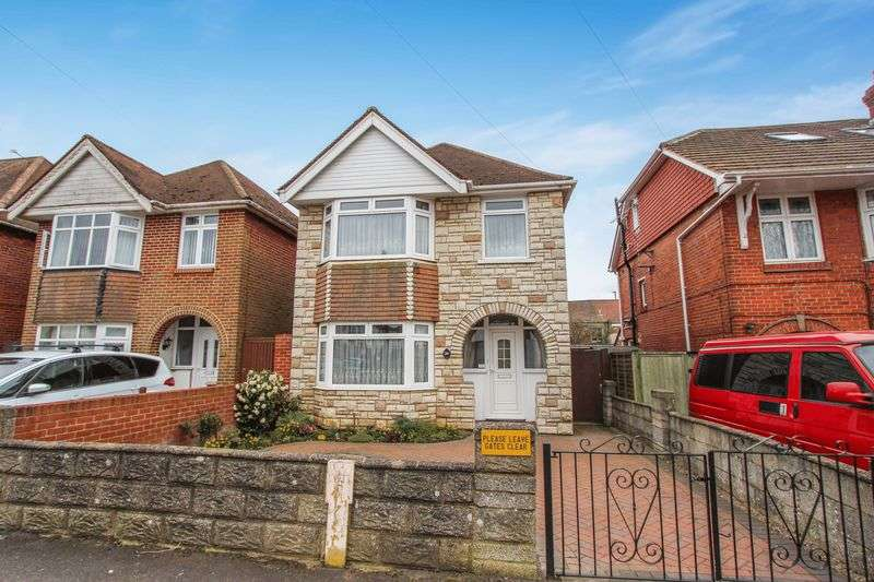 3 Bedrooms Detached House for sale in Regents Park