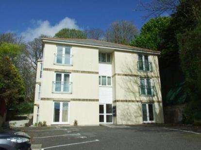 1 Bedroom Flat for sale in Penrose Road, Helston, Cornwall