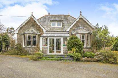 5 Bedrooms Detached House for sale in Roche, St. Austell, Cornwall