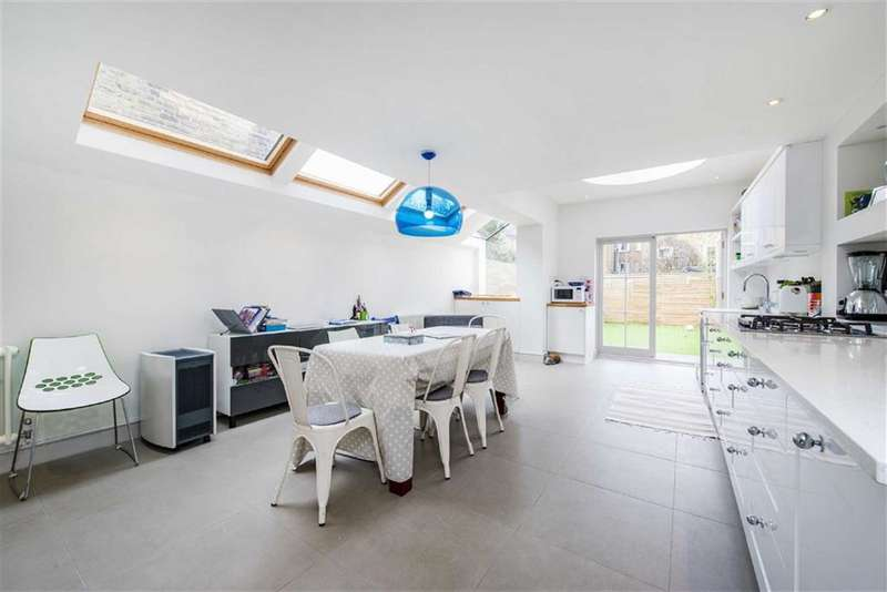 4 Bedrooms House for sale in Stephendale Road, Fulham, London, SW6