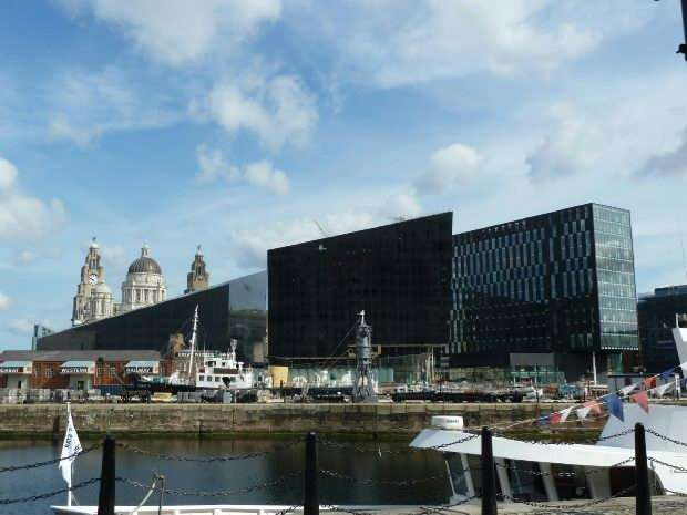 1 Bedroom Apartment Flat for sale in 11 Mann Island , Liverpool
