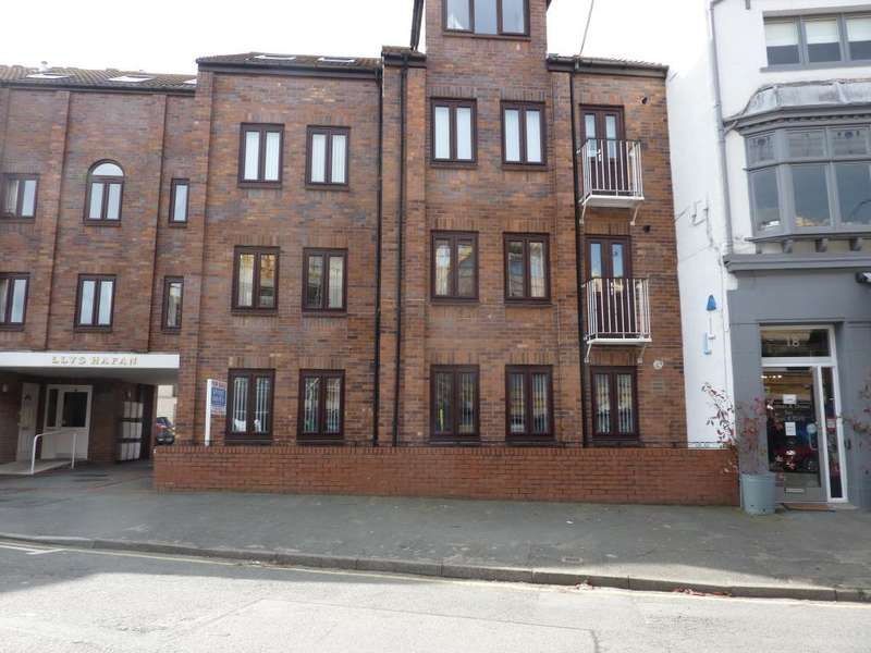 1 Bedroom Flat for sale in Everard Road, Rhos on Sea, Conwy, LL28 4EY