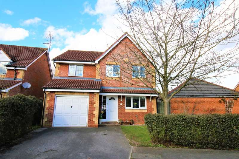 4 Bedrooms Detached House for sale in Vespasian Gardens, Basingstoke, RG24