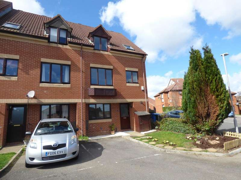 3 Bedrooms Town House for sale in Sixpenny close, Parkstone, Poole BH12