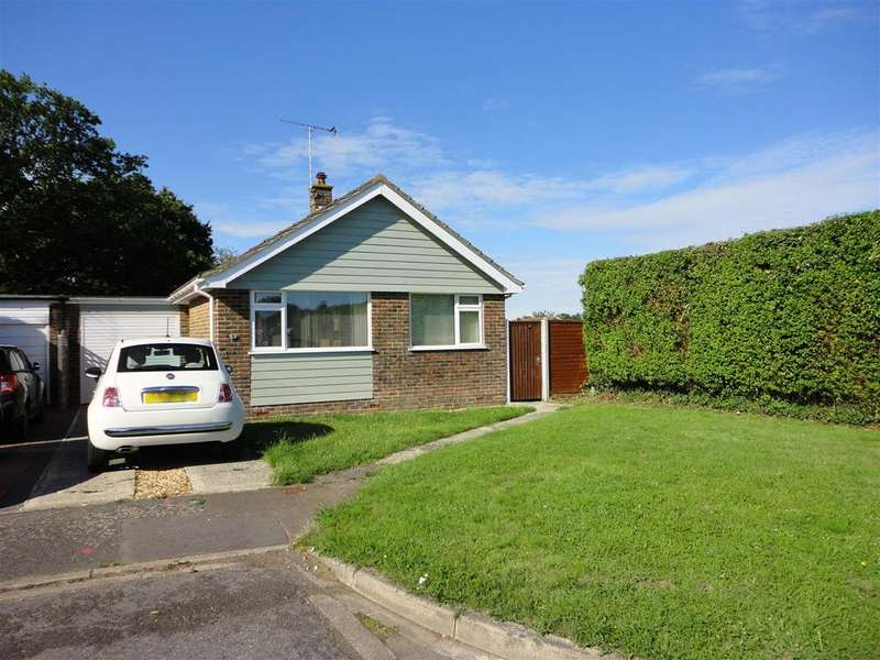 3 Bedrooms Detached Bungalow for sale in Alperton Close, Aldwick