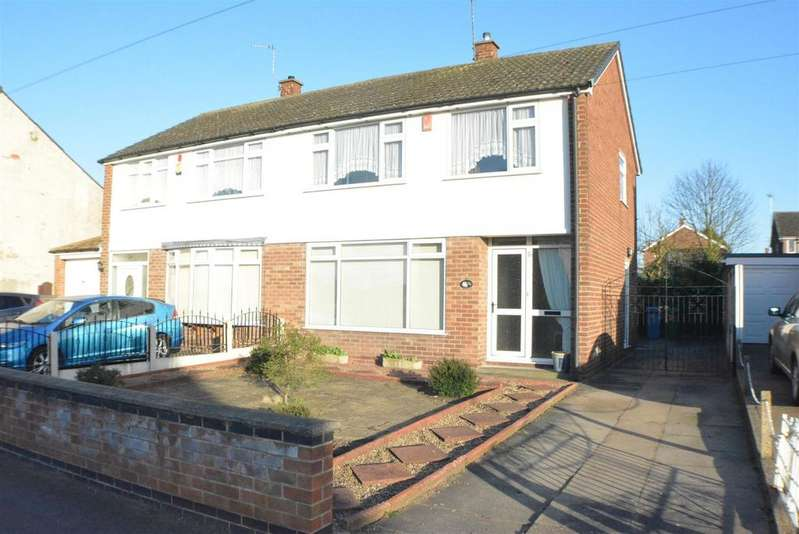 3 Bedrooms Semi Detached House for sale in Little Barn Lane, Mansfield