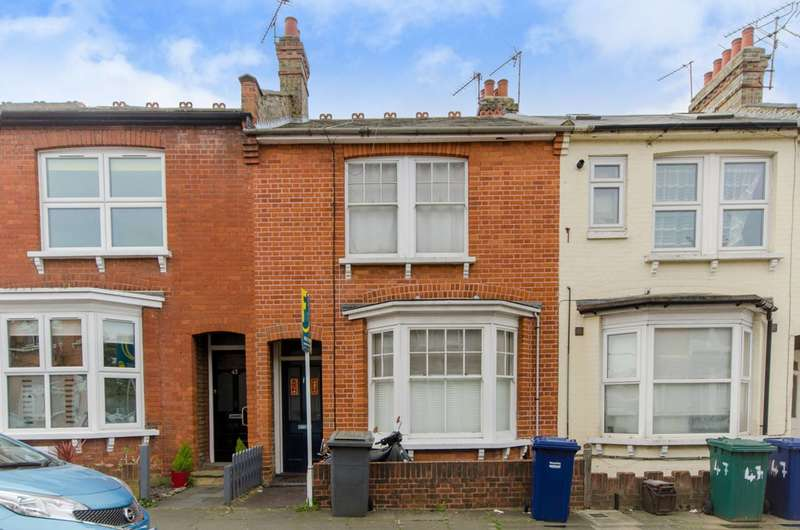 3 Bedrooms House for sale in Percy Road, North Finchley, N12