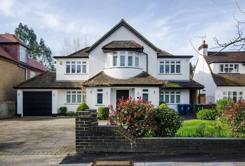 4 Bedrooms Detached House for sale in The Avenue, Hatch End, HA5