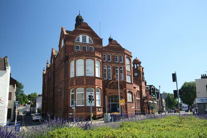 2 Bedrooms Apartment Flat for sale in The Old Library, Hagley Road, Stourbridge DY8