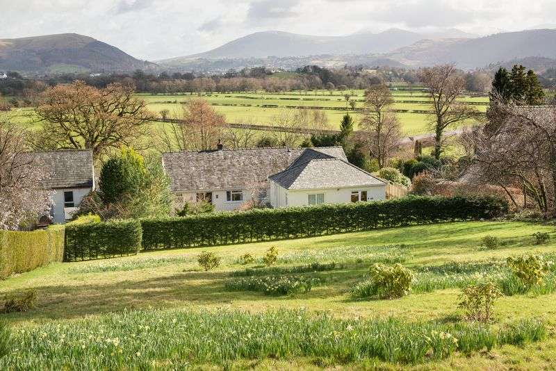 5 Bedrooms Detached House for sale in Oakvale, Braithwaite, Keswick