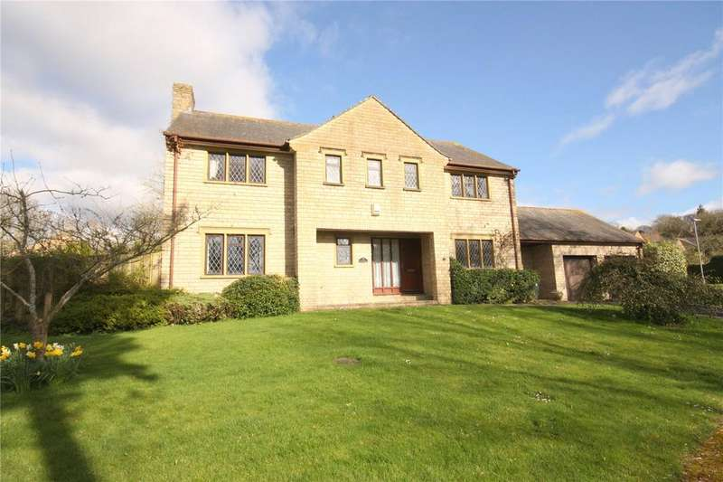 4 Bedrooms Detached House for sale in Portman Drive, Child Okeford, Blandford Forum, Dorset