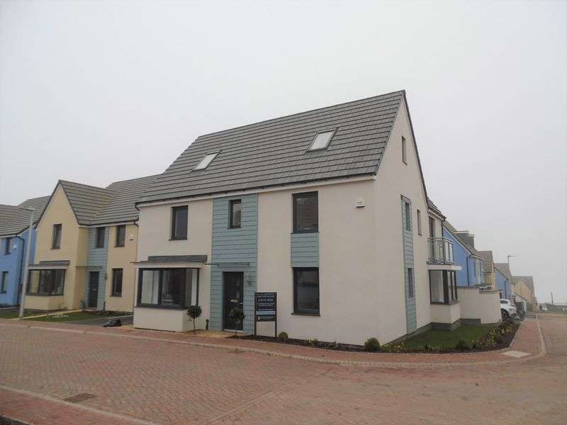 5 Bedrooms Detached House for sale in Moorcroft Ocean View Ogmore-by-Sea CF32 0PW