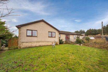 5 Bedrooms Bungalow for sale in Ayr Road, Douglas, Lanark, South Lanarkshire