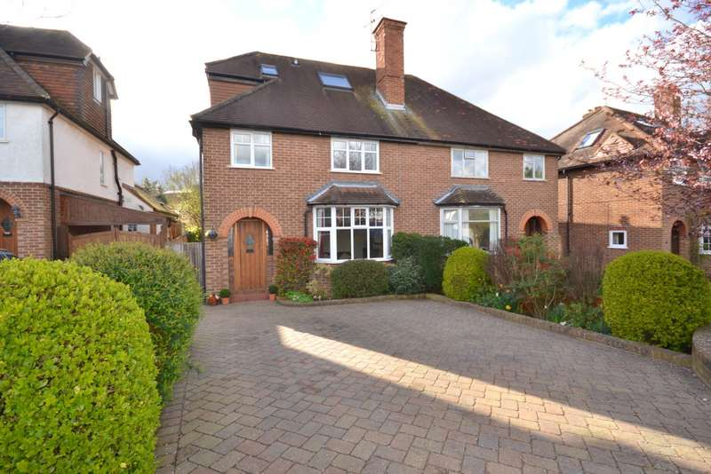 4 Bedrooms Semi Detached House for sale in Guildford