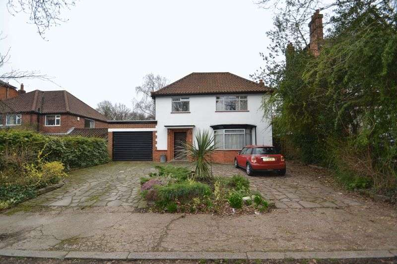 4 Bedrooms Detached House for sale in Lodge Road, Sundridge Park, Bromley