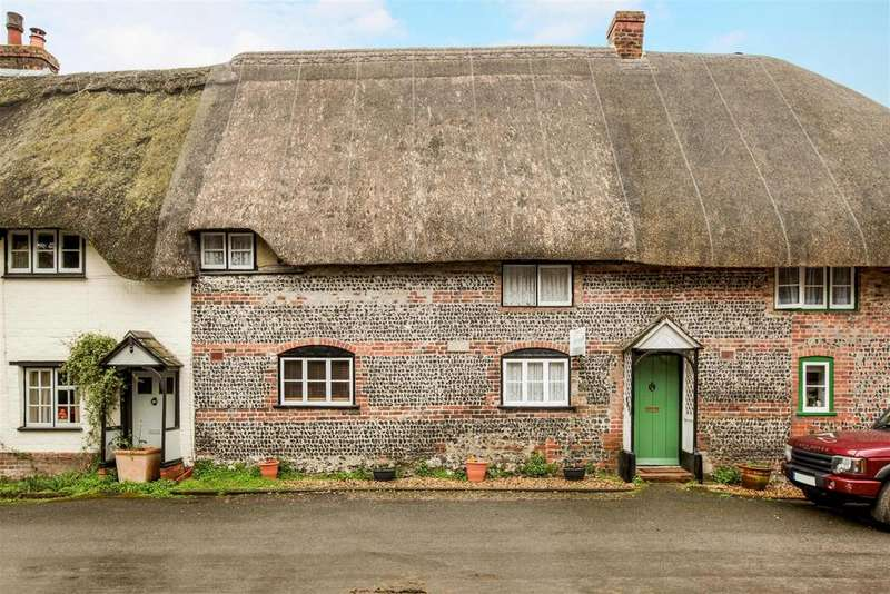 3 Bedrooms House for sale in Fittleton, Salisbury