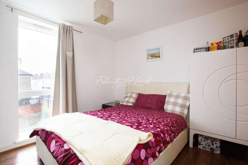 2 Bedrooms Flat for sale in Chenla Building, Conington Road, SE13