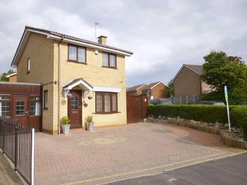 3 Bedrooms Detached House for sale in Hopton Meadow, Heath Hayes, Cannock