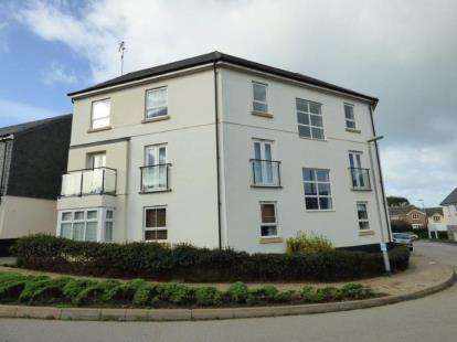 2 Bedrooms Flat for sale in Trevenson Road, Newquay, Cornwall