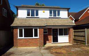 4 Bedrooms Detached House for sale in Moselle Road, Biggin Hill, Westerham