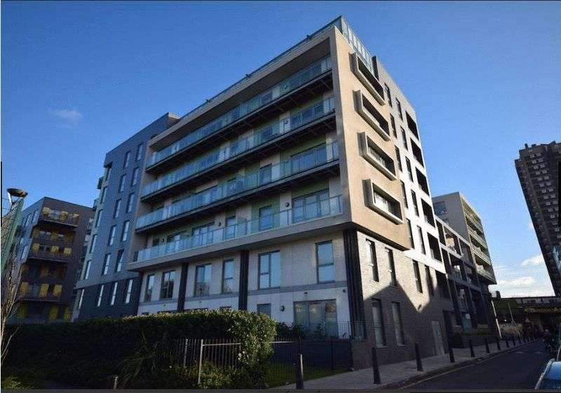 1 Bedroom Flat for sale in Christian Street, E1 1AY