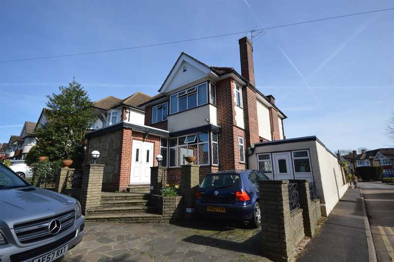 4 Bedrooms Detached House for sale in High Road, Harrow, HA3 6HJ