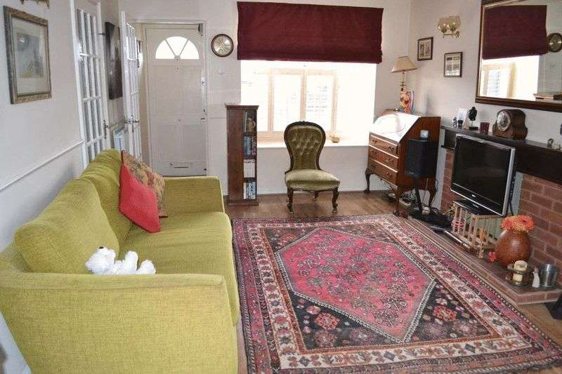3 Bedrooms House for sale in South Tonbridge