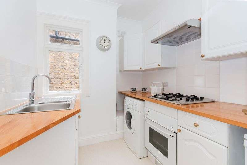 1 Bedroom Flat for sale in Clairview Road, Furzedown