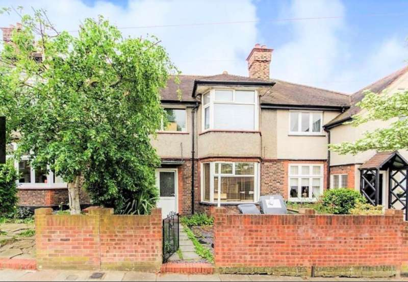 3 Bedrooms Terraced House for sale in Guildersfield Road