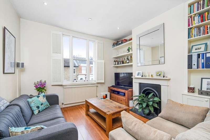 2 Bedrooms Flat for sale in Disraeli Road, SW15