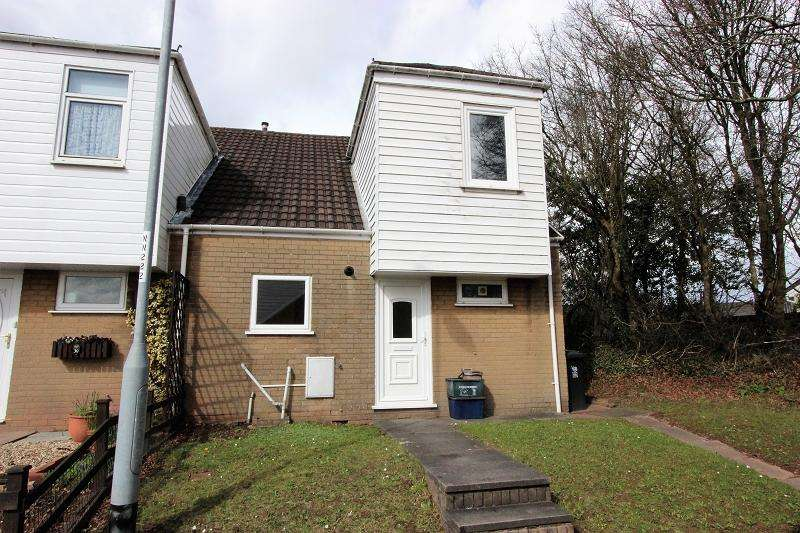3 Bedrooms Semi Detached House for sale in Penybryn Close, Bettws, Newport, Newport. NP20 7UH